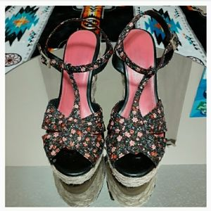 American Eagle Outfitters Shoes - ☠AEO